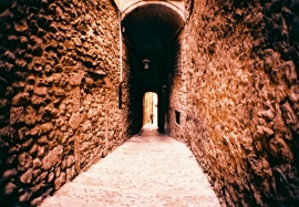 Alleyway off Carrer Claveria, Girona