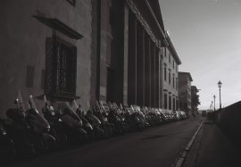 Scooters, Lungarno Generale Diaz, Florence