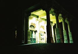 Nighttime photo of the entrance to Brighton Pavillion
